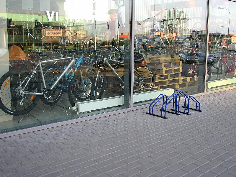 20101013-stovas-dviraciams-2.jpg