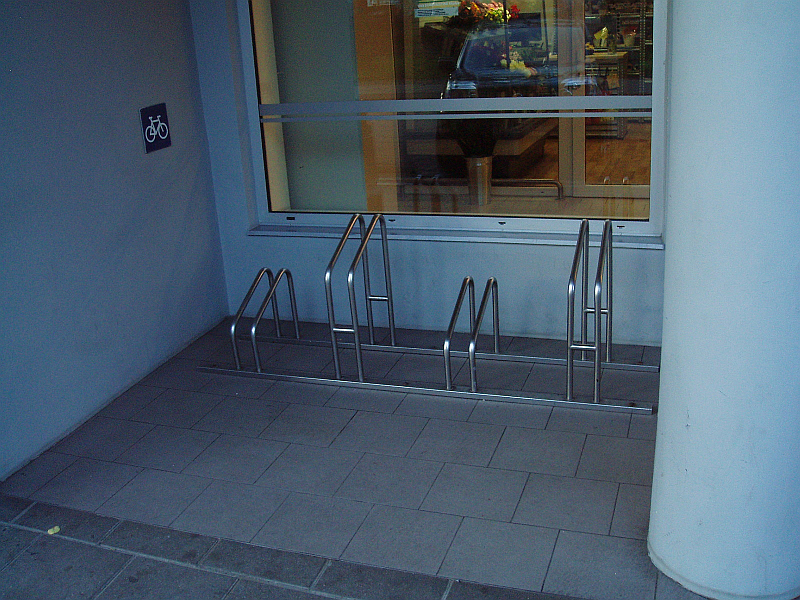20101013-stovas-dviraciams-4.jpg
