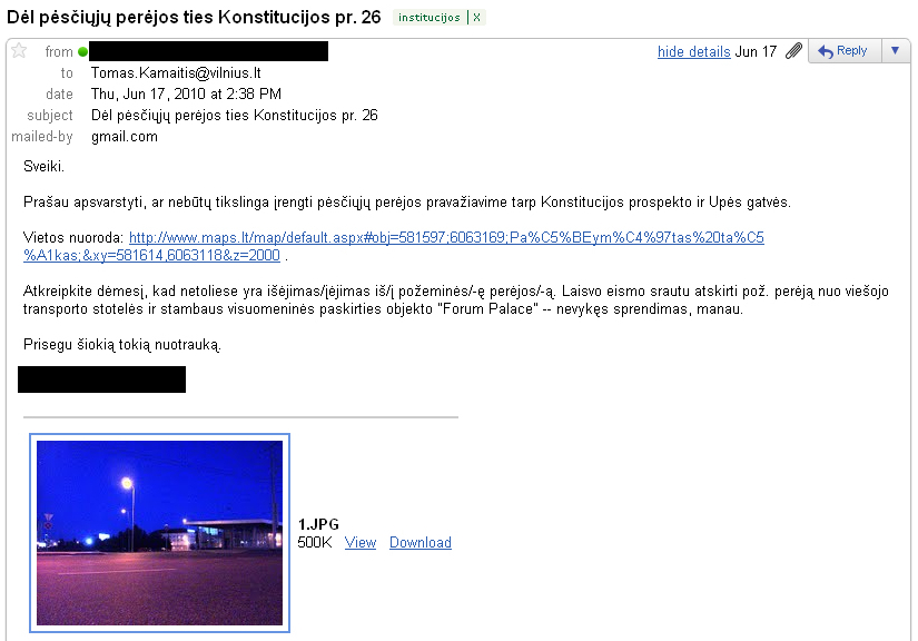 20110114-pesciuju-pereja-konstitucijos-01.jpg