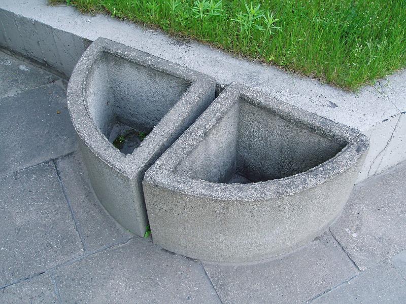 20110606-betoniniai-vazonai-kudirkos-2.jpg