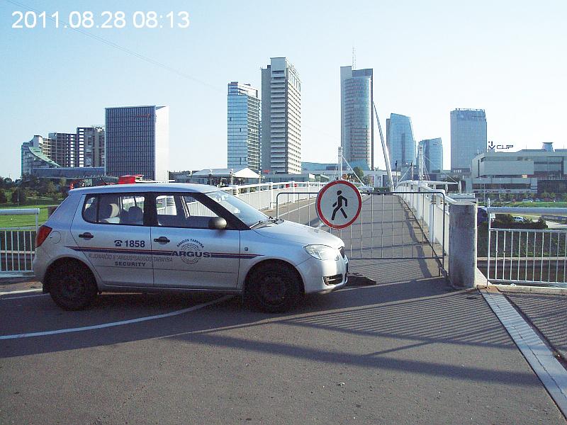 20110901-eismo-upes-baltuoju-ribojimas-11082830-03.jpg