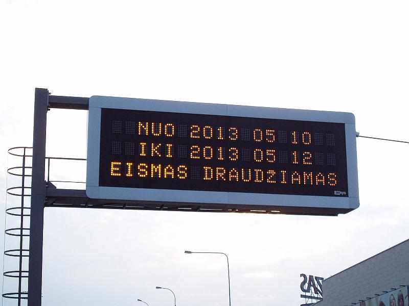 20120311-vilniaus-eismo-svieslentes-90.jpg