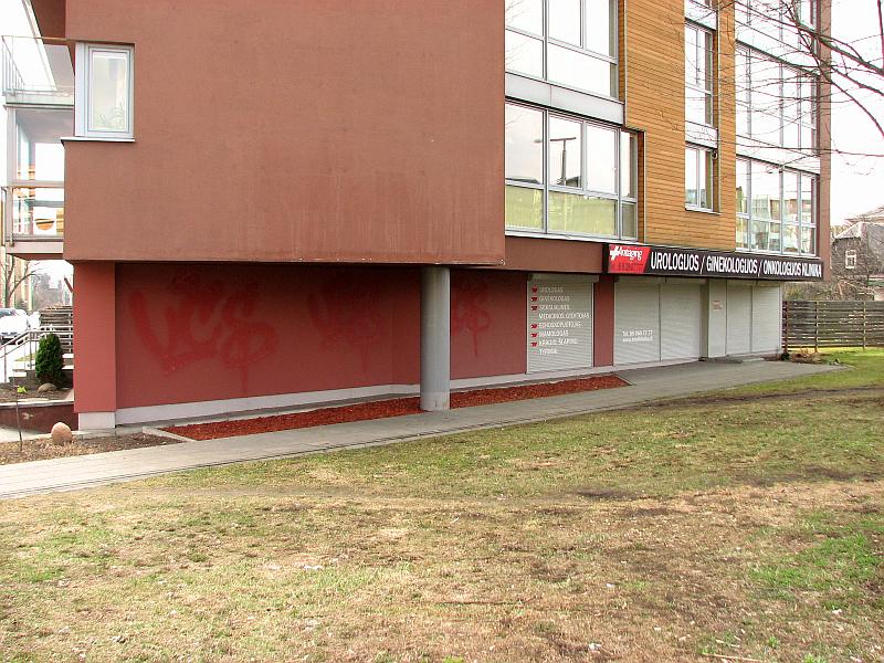 20120414-klinikos-fasadas-narbuto-03.jpg