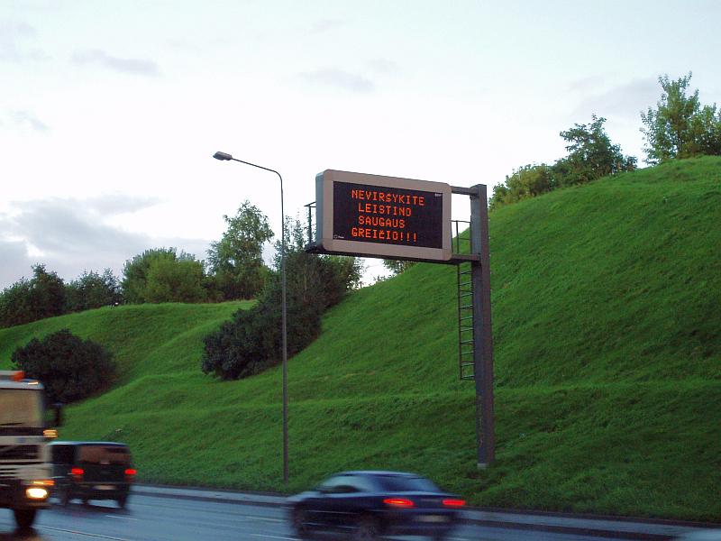 20121001-patarimu-vairuotojams-skelbti-nenumatome-01.jpg
