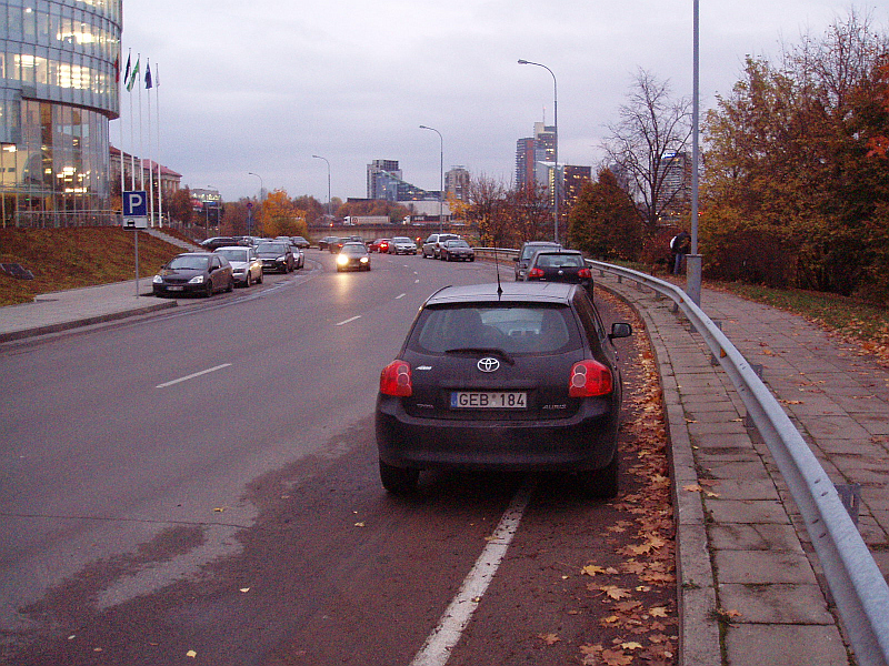 20121023-juosta-dviraciams-prie-barclays-03.jpg