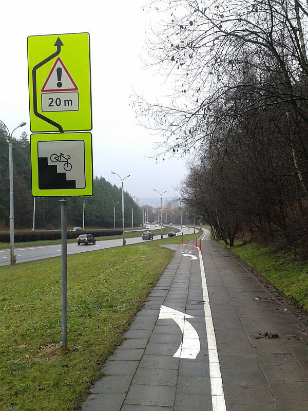 20150421-laiptai-dviraciu-take-fabijoniskiu-02.jpg