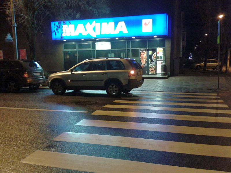 20160309-automobiliais-uzstatoma-pesciuju-pereja-prie-kestucio-37-03.jpg
