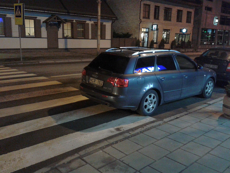 20160309-automobiliais-uzstatoma-pesciuju-pereja-prie-kestucio-37-04.jpg